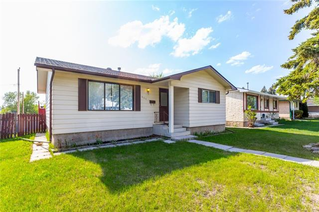 307 Queensland Road SE, Calgary, AB T2J 3S4 (#C4185262) :: Redline Real Estate Group Inc