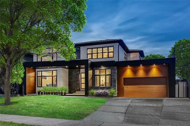 6443 Laurentian Way SW, Calgary, AB T3E 5N2 (#C4185333) :: Redline Real Estate Group Inc