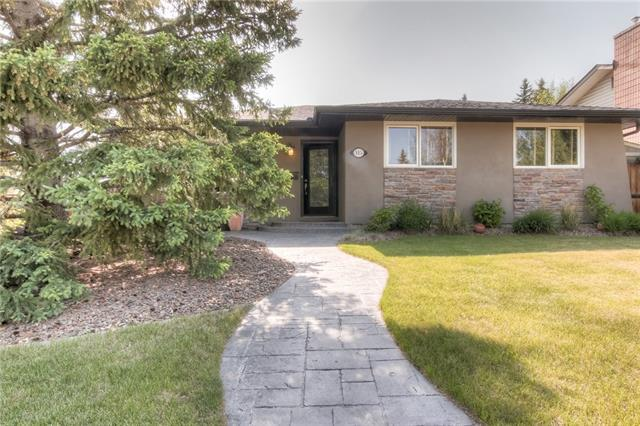 115 Silver Mead Crescent NW, Calgary, AB T3B 2W2 (#C4185389) :: The Cliff Stevenson Group