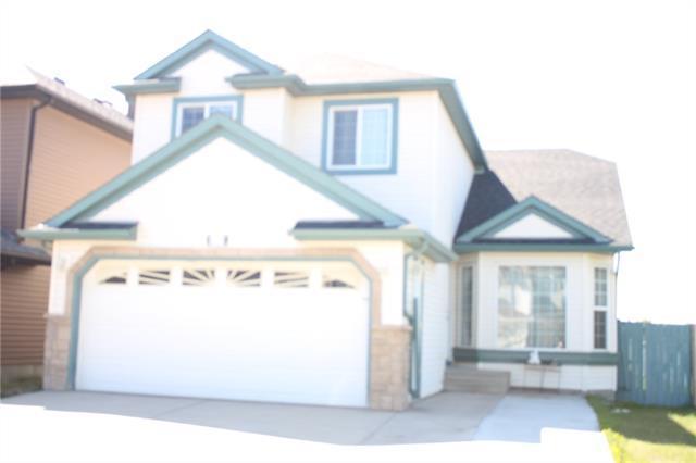 619 Saddlecreek Way NE, Calgary, AB T3J 4A3 (#C4185545) :: Redline Real Estate Group Inc