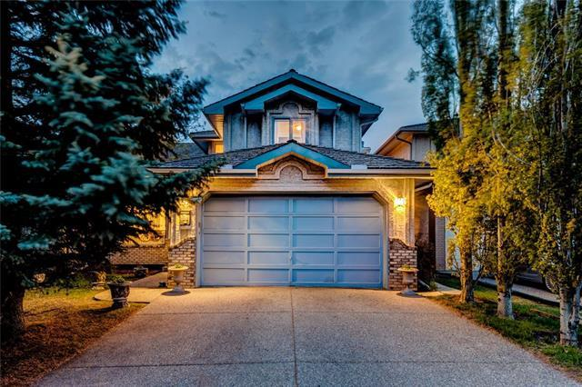 28 Scenic Ridge Crescent NW, Calgary, AB T3L 1V2 (#C4185581) :: Redline Real Estate Group Inc