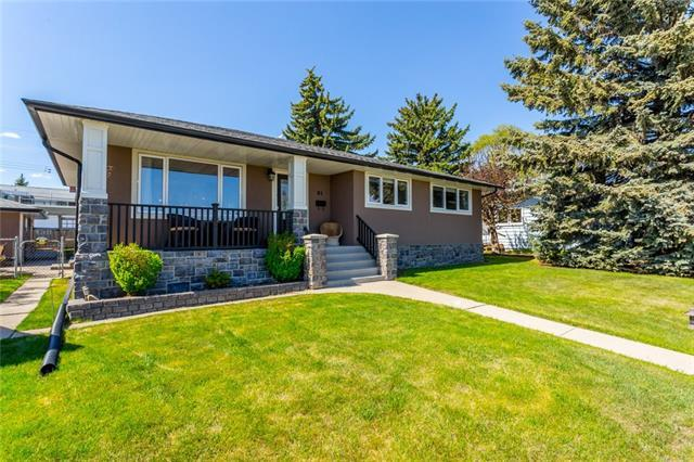 31 Cornwallis Drive NW, Calgary, AB T2K 1T6 (#C4185610) :: The Cliff Stevenson Group