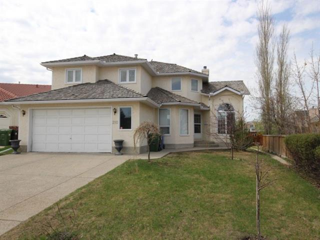 210 Hawkstone Court NW, Calgary, AB T3G 3P2 (#C4185613) :: The Cliff Stevenson Group