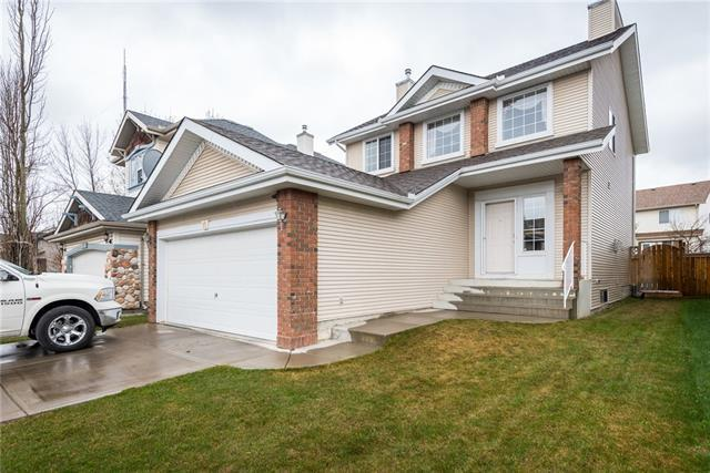 11 Cougarstone Circle SW, Calgary, AB T3H 4W3 (#C4185708) :: Redline Real Estate Group Inc