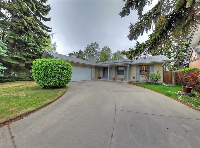 507 Willow Brook Drive SE, Calgary, AB T2J 1N6 (#C4185788) :: Redline Real Estate Group Inc