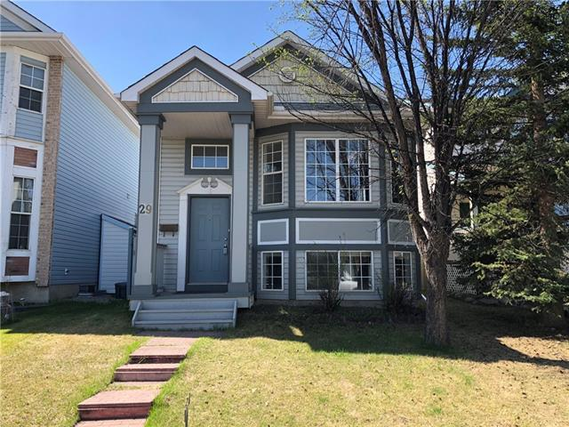 29 Hidden Spring Circle NW, Calgary, AB T3A 5H3 (#C4185946) :: Redline Real Estate Group Inc