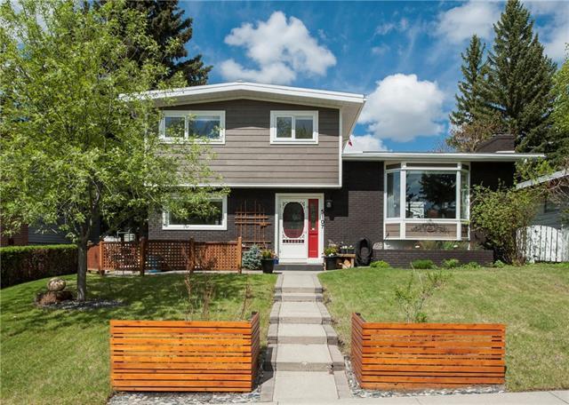 5107 Barron Crescent NW, Calgary, AB T2L 1T8 (#C4185951) :: Redline Real Estate Group Inc