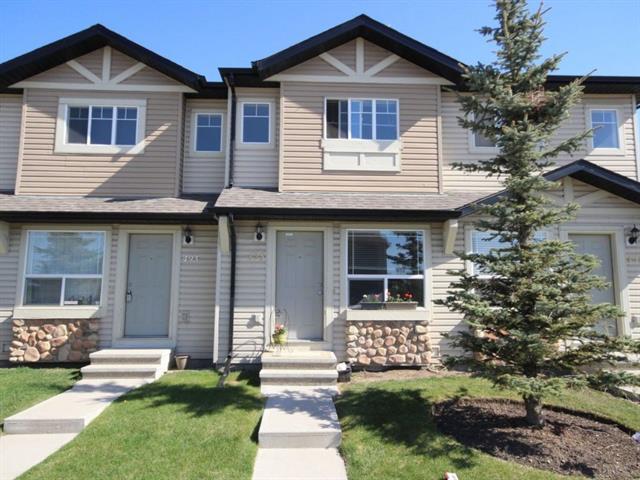 495 Saddlecrest Boulevard NE, Calgary, AB T3J 0G2 (#C4186087) :: Redline Real Estate Group Inc