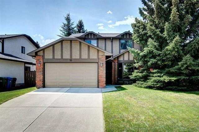 55 Woodmont Drive SW, Calgary, AB  (#C4186122) :: Redline Real Estate Group Inc