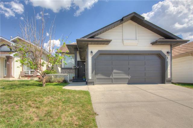 79 Riverstone Close SE, Calgary, AB T2C 4B8 (#C4186251) :: Canmore & Banff