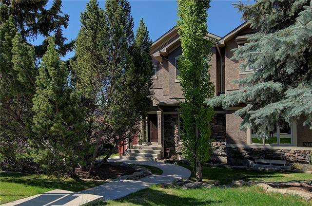 4825 21 Avenue NW, Calgary, AB T3B 0W8 (#C4186256) :: Redline Real Estate Group Inc