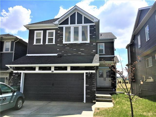 38 Nolanshire Green NW, Calgary, AB T3R 0P4 (#C4186504) :: Redline Real Estate Group Inc