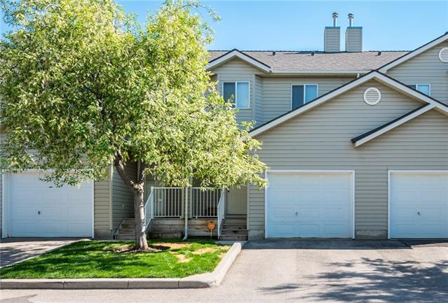 84 Mt Aberdeen Manor SE, Calgary, AB T2Z 3N8 (#C4186516) :: Canmore & Banff