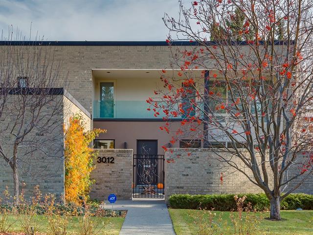 3012 9 Street NW, Calgary, AB T2K 1G5 (#C4186539) :: Calgary Homefinders