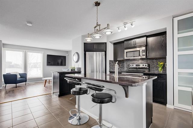 208 Walden Drive SE, Calgary, AB T2X 0P3 (#C4186604) :: Redline Real Estate Group Inc