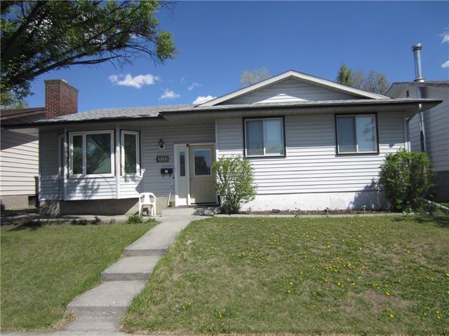 316 Rundleside Crescent NE, Calgary, AB  (#C4186625) :: The Cliff Stevenson Group