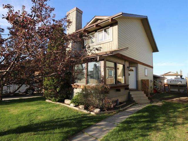 49 Macewan Glen Close NW, Calgary, AB T3K 2C2 (#C4186756) :: The Cliff Stevenson Group