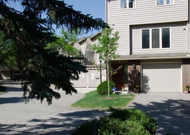 240 Point Mckay Terrace NW, Calgary, AB T3B 4V6 (#C4187422) :: The Cliff Stevenson Group