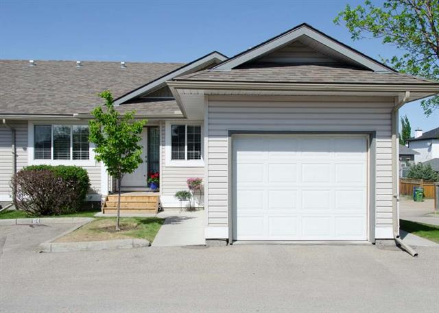4 Stonegate Drive NW #64, Airdrie, AB T4B 2T2 (#C4187631) :: Your Calgary Real Estate