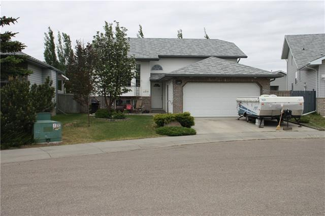 209 Strathford Bay, Strathmore, AB T1P 1P2 (#C4187734) :: Tonkinson Real Estate Team
