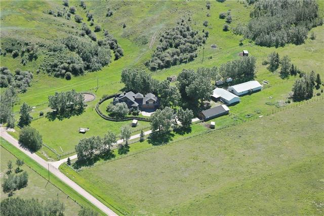 261013 Rge Rd 24, Rural Rocky View County, AB T3R 1E3 (#C4187926) :: The Cliff Stevenson Group