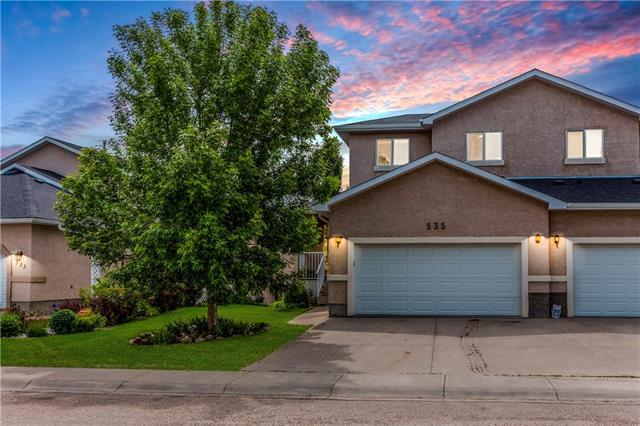 535 Lineham Acres Drive NW, High River, AB T1V 1S6 (#C4187975) :: The Cliff Stevenson Group