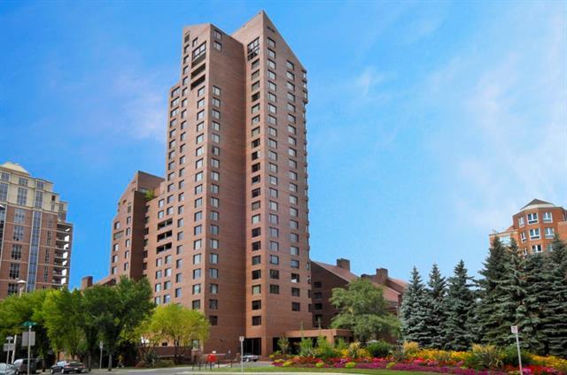 500 Eau Claire Avenue SW 302C, Calgary, AB T2P 3R8 (#C4188059) :: The Cliff Stevenson Group