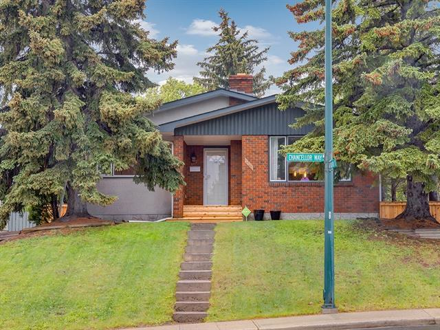 107 Chancellor Way NW, Calgary, AB T3K 1Y3 (#C4188082) :: Canmore & Banff