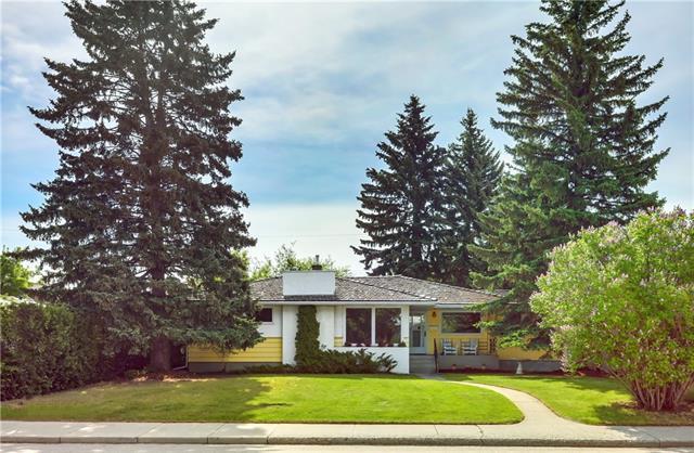 3804 31 Street SW, Calgary, AB T3E 2P7 (#C4188188) :: Your Calgary Real Estate