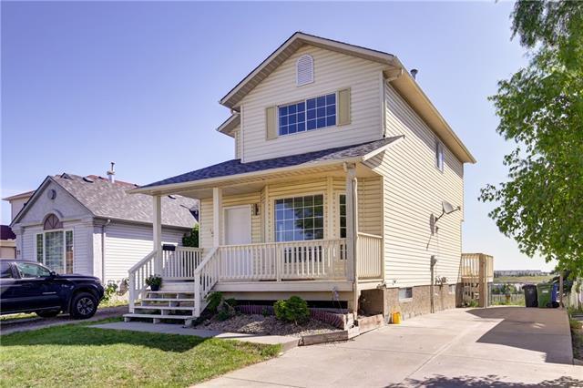 75 Hunterhorn Crescent NE, Calgary, AB T3K 6J2 (#C4188729) :: Your Calgary Real Estate
