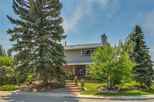 10636 Mapleglen Crescent SE, Calgary, AB T2J 1X2 (#C4188928) :: The Cliff Stevenson Group