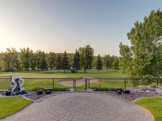 98 Valley Woods Landing NW, Calgary, AB T3B 6A4 (#C4189352) :: The Cliff Stevenson Group