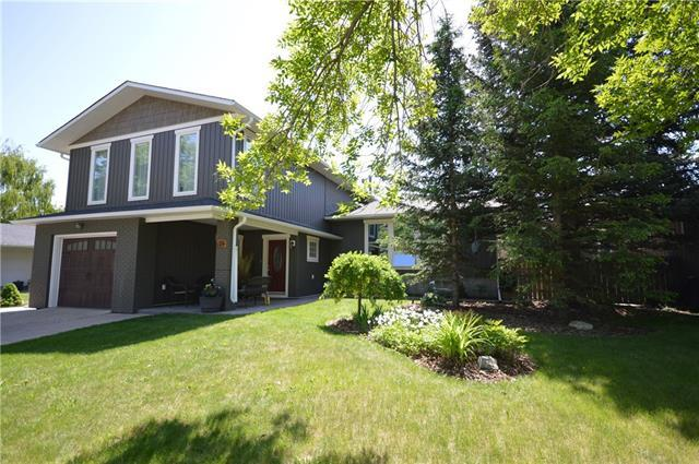 70 Suntree Lane, Okotoks, AB T1S 1C2 (#C4189760) :: Tonkinson Real Estate Team