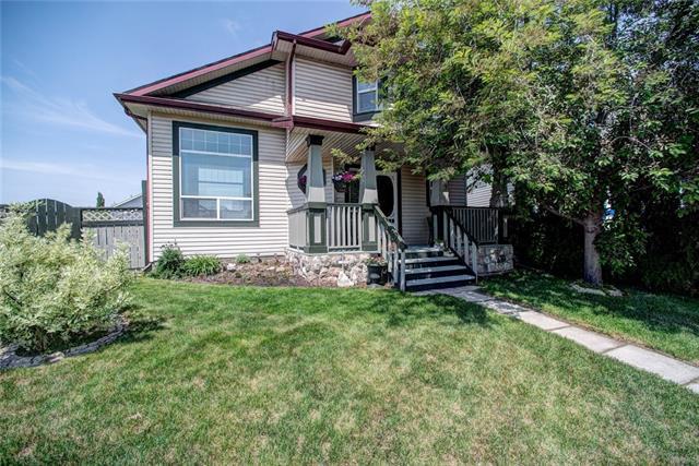 209 Erin Meadow Way SE, Calgary, AB T2B 3P6 (#C4189876) :: Your Calgary Real Estate