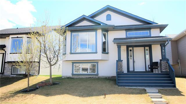 180 Stonegate Drive NW, Airdrie, AB T4B 3A2 (#C4190128) :: Your Calgary Real Estate