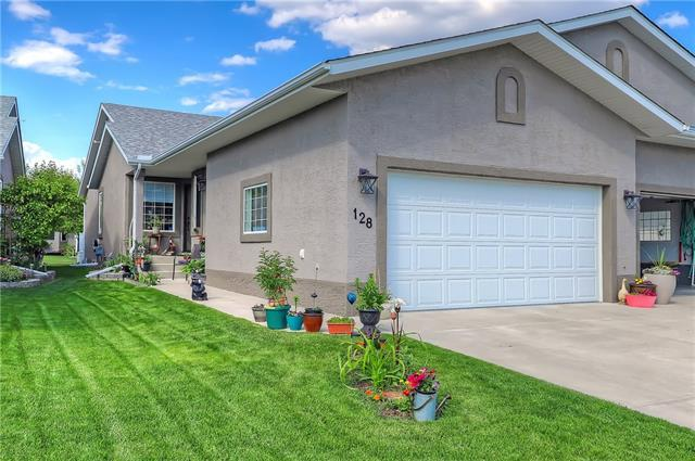 128 Riverside Crescent NW, High River, AB T1V 1X4 (#C4190393) :: Your Calgary Real Estate