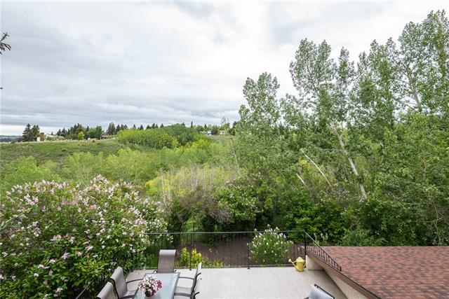 135 Silver Crest Crescent NW, Calgary, AB T3B 3T8 (#C4190415) :: The Cliff Stevenson Group