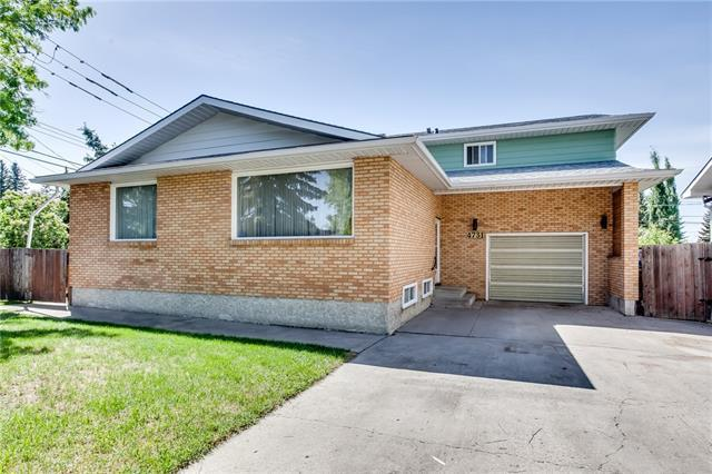 4731 46 Avenue SW, Calgary, AB T3E 1J2 (#C4190468) :: The Cliff Stevenson Group