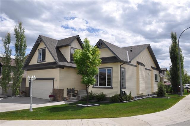 72 Westmount Road, Okotoks, AB T1S 2J2 (#C4190534) :: Your Calgary Real Estate