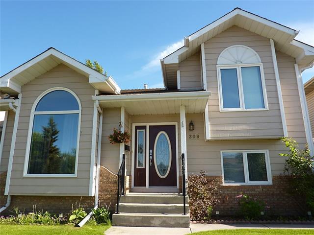 309 Sunvale Drive SE, Calgary, AB T2X 3B8 (#C4190657) :: The Cliff Stevenson Group