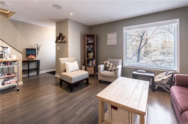 9803 24 Street SW #401, Calgary, AB T2V 1S5 (#C4190803) :: Carolina Paredes - RealHomesCalgary.com
