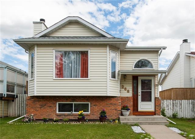 268 Erin Woods Drive SE, Calgary, AB T2B 3B9 (#C4190840) :: Your Calgary Real Estate