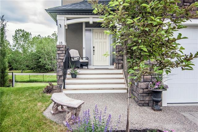 18 Ranchers Place, Okotoks, AB T1S 0G5 (#C4190945) :: Your Calgary Real Estate