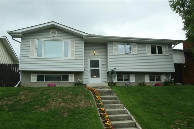 125 Rundleview Close NE, Calgary, AB T1Y 1J2 (#C4190970) :: The Cliff Stevenson Group