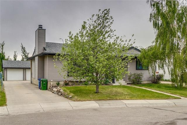 48 Summerfield Close SW, Airdrie, AB T4B 1Y3 (#C4191041) :: The Cliff Stevenson Group