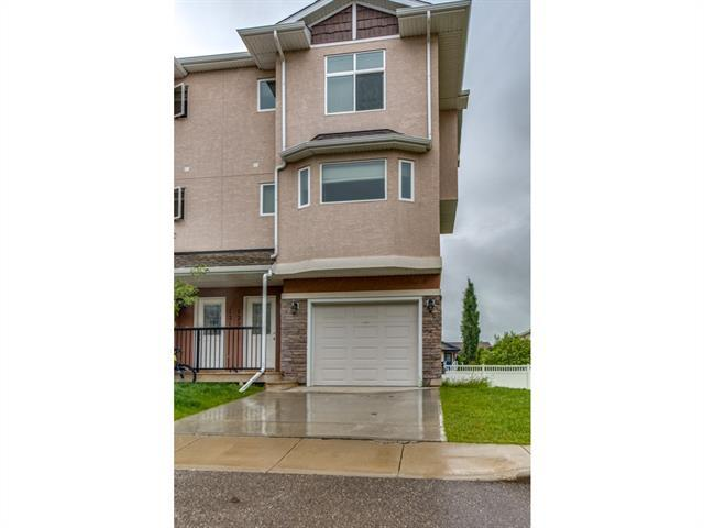 129 Strathcona Circle, Strathmore, AB T1P 0B1 (#C4191146) :: Tonkinson Real Estate Team