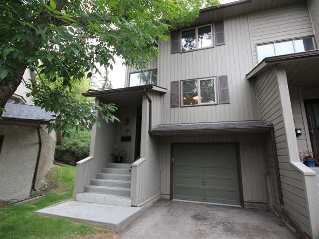178 Glamis Terrace SW, Calgary, AB T3E 6V3 (#C4191381) :: The Cliff Stevenson Group