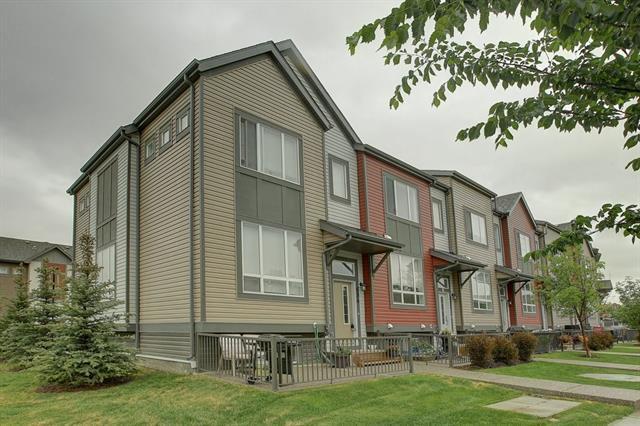694 Copperpond Boulevard SE, Calgary, AB T2Z 5B9 (#C4191391) :: The Cliff Stevenson Group