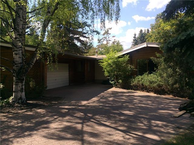 7303 Kelsey Place SW, Calgary, AB T2V 2N1 (#C4191816) :: Calgary Homefinders