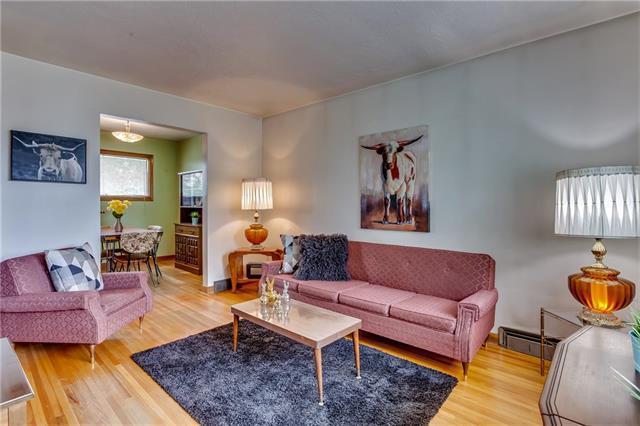 29 31 Avenue SW, Calgary, AB T2S 2Y7 (#C4191846) :: Tonkinson Real Estate Team